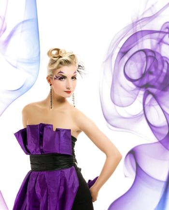 Cочетание цветов в одежде: фиолетовый. C каким цветом сочетается фиолетовый?