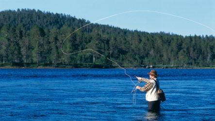 Что подарить рыбаку на день рождения?