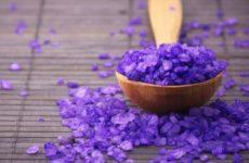 Соль для лечения прыщей: свойства, действие и рецепты
