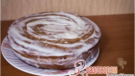 Медовый торт в мультиварке с йогуртовым кремом